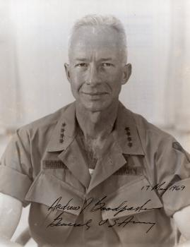 Goodpaser (+), Andrew - ehem. US General und militärischer Berater unter Eisenhower